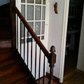 La jolie porte du placard sous l'escalier